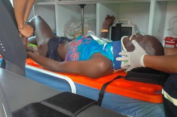 Thể thao cuối ngày: VĐV bán marathon bị xe tải tông trọng thương - Ảnh 4.