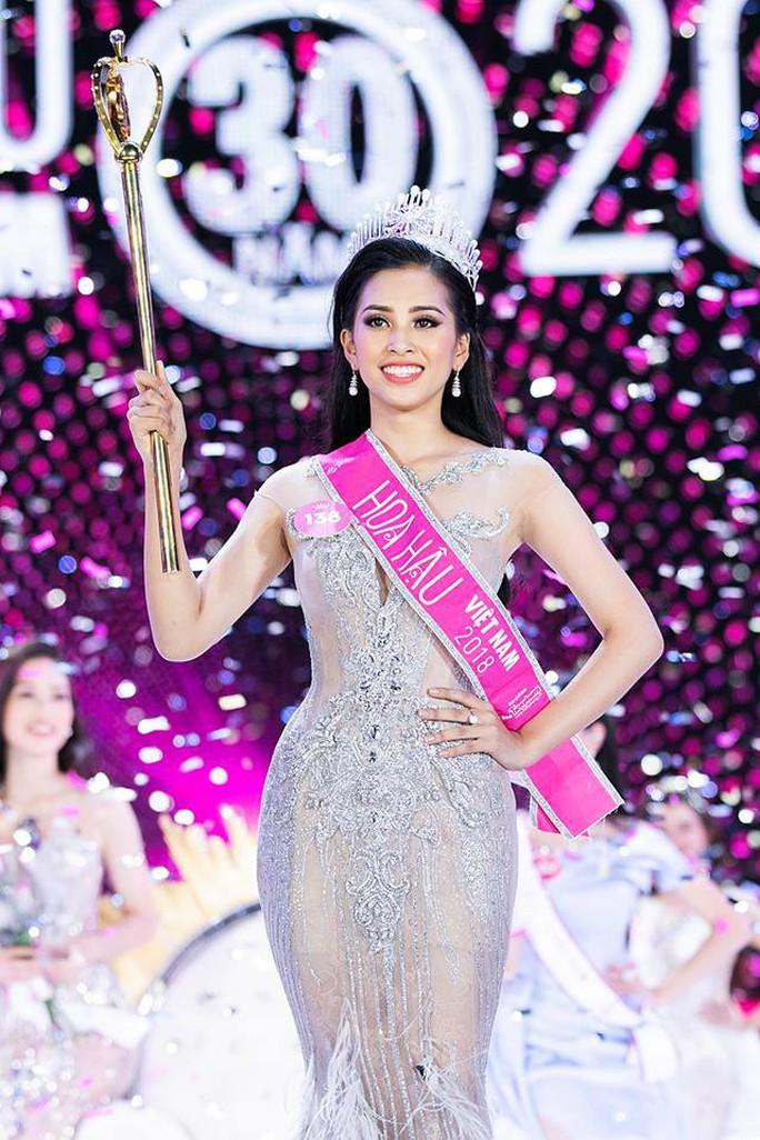 Tân Hoa hậu Việt Nam được báo chí nước ngoài khen ngợi - Ảnh 1.