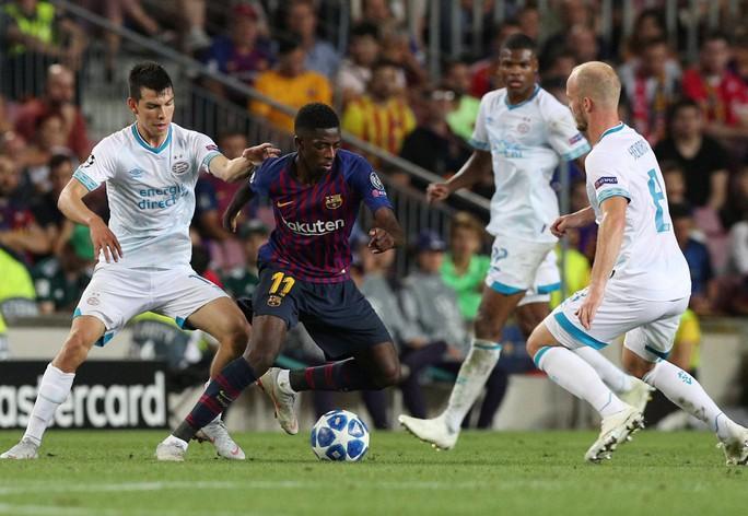 Messi lập siêu phẩm, Barcelona đại thắng PSV tại Nou Camp - Ảnh 4.