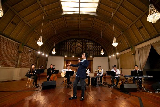 Sự thật đằng sau ca khúc Một mình của nhạc sĩ Lam Phương - Ảnh 2.