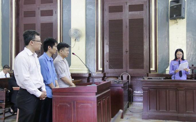 Xử lý hình sự 2 cán bộ tham ô tại Saigonbank - Ảnh 1.
