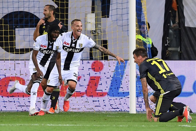 Những sắc thái tịt ngòi của Ronaldo ngày Juventus toàn thắng - Ảnh 10.