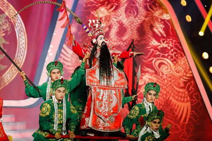 Cô giáo Khánh Duy Khánh đăng quang quán quân Gương mặt thân quen 2018 - Ảnh 6.