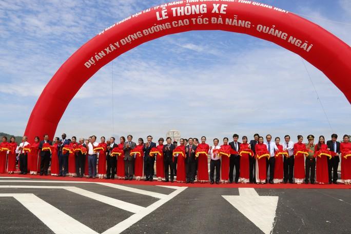 Thông xe, chưa thu phí cao tốc Đà Nẵng – Quảng Ngãi - Ảnh 1.