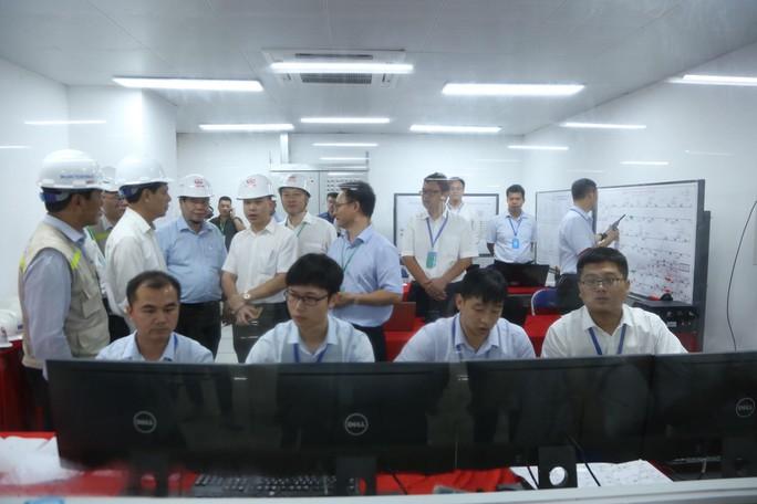 Cận cảnh lăn bánh chạy thử 5 đoàn tàu đường sắt trên cao Cát Linh-Hà Đông - Ảnh 13.