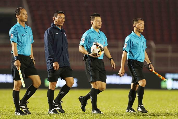 Trợ lý trọng tài V-League Trần Đăng Khoa qua đời vì tai nạn giao thông - Ảnh 1.