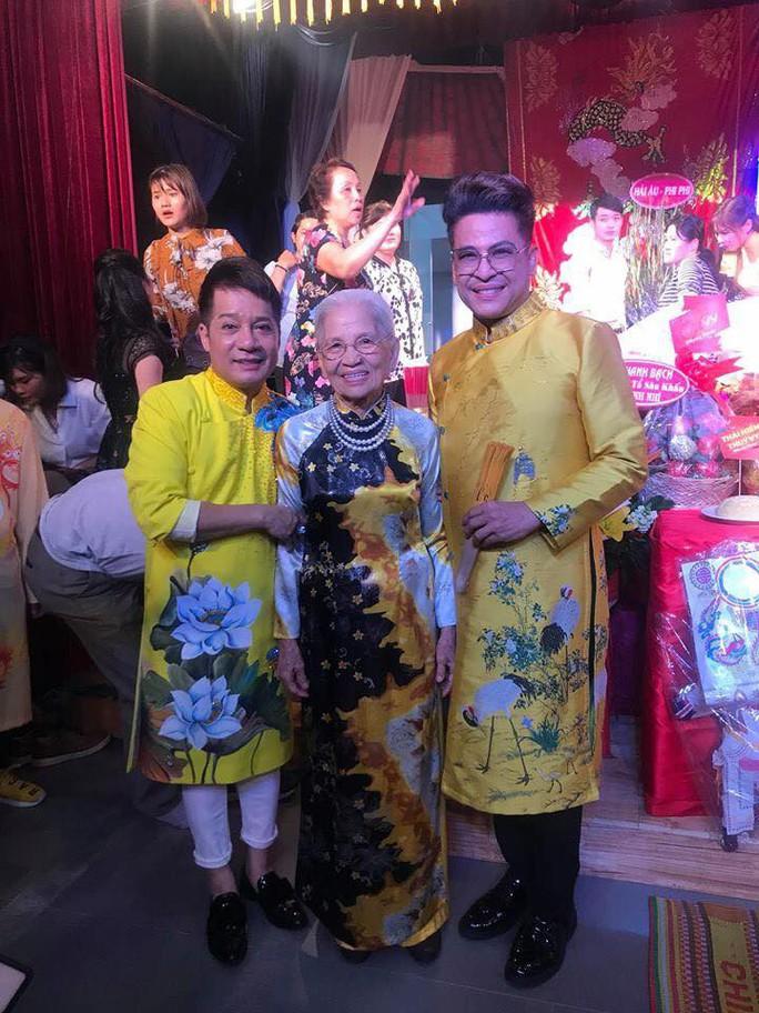 Nghệ sĩ TP HCM tổ chức Giỗ Tổ sân khấu - Ảnh 2.