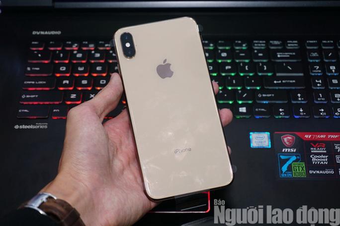 Điện thoại iPhone XS MAX giá 68 triệu đồng đã về Việt Nam - Ảnh 1.