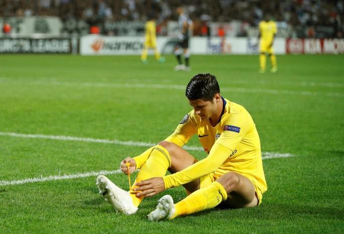 """CĐV Chelsea đòi đuổi """"chân gỗ"""" Morata """"ngay lập tức"""" - Ảnh 1."""