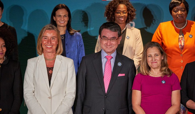 Canada tổ chức Hội nghị các nữ Bộ trưởng Ngoại giao, Nhật cử ông Kono tới dự - Ảnh 2.