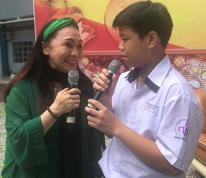 Đưa Một thế kỷ cải lương Việt Nam vào trường học - Ảnh 1.