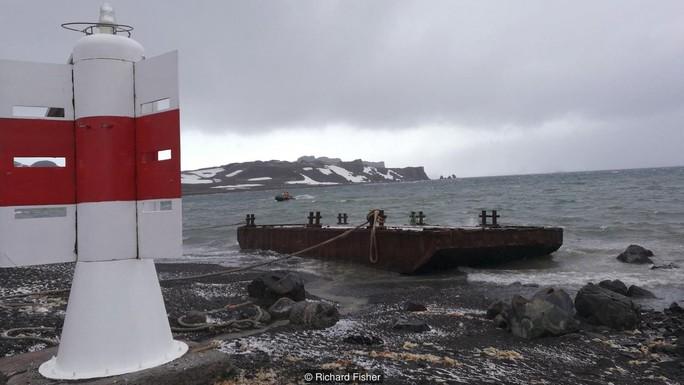 Dấn thân vào hiểm họa Nam Cực - Ảnh 1.