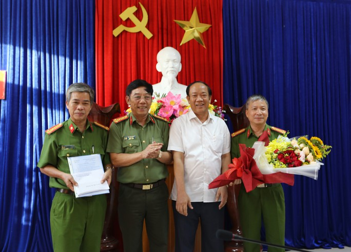 Quảng Nam triệt phá đường dây đánh bạc 600 tỉ đồng do xã hội đen cầm đầu - Ảnh 3.