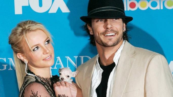Britney Spears tăng trợ cấp nuôi con cho chồng cũ, chấm dứt cuộc chiến kéo dài - Ảnh 1.