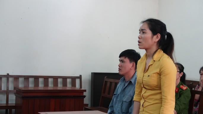 Cặp đôi đưa cả người khuyết tật sang Trung Quốc bán dâm - Ảnh 1.