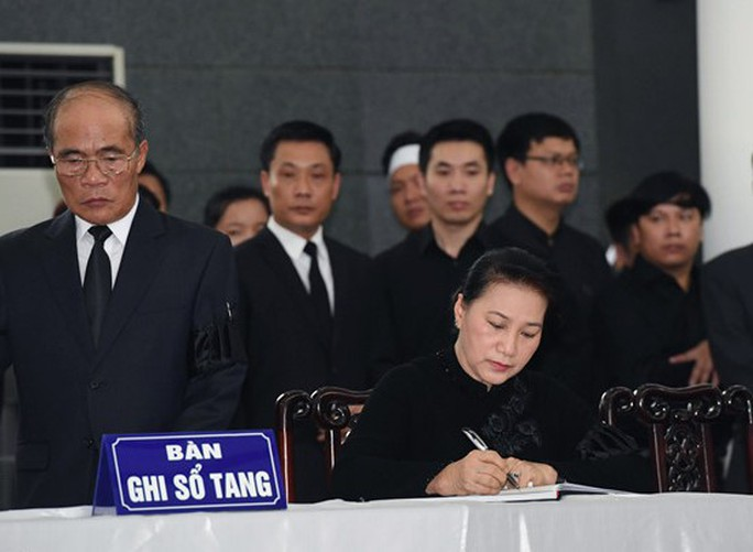 Lãnh đạo Đảng, nhà nước viết gì trong sổ tang Chủ tịch nước Trần Đại Quang? - Ảnh 3.