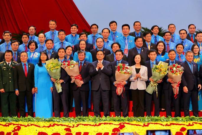 Bế mạc Đại hội XII Công đoàn Việt Nam - Ảnh 1.