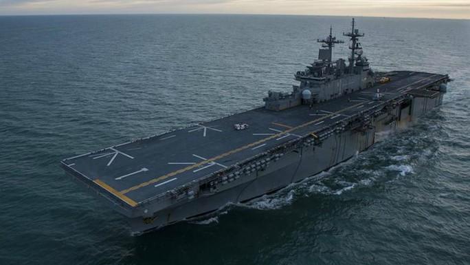 Trung Quốc không cho tàu chiến Mỹ thăm Hồng Kông - Ảnh 1.