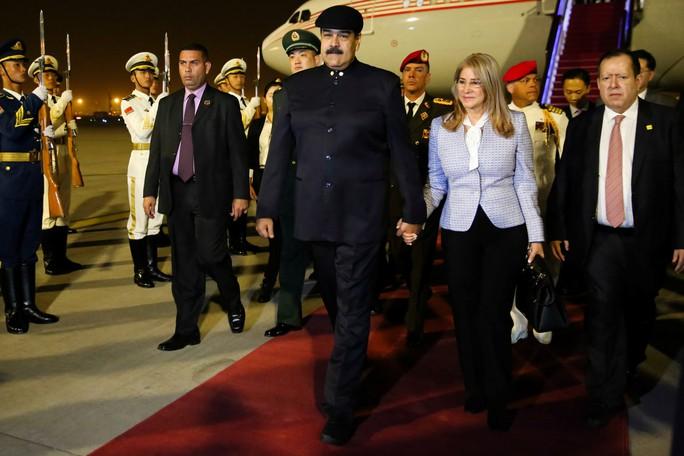 Mỹ giáng đòn trừng phạt mới lên Đệ nhất phu nhân Venezuela - Ảnh 3.