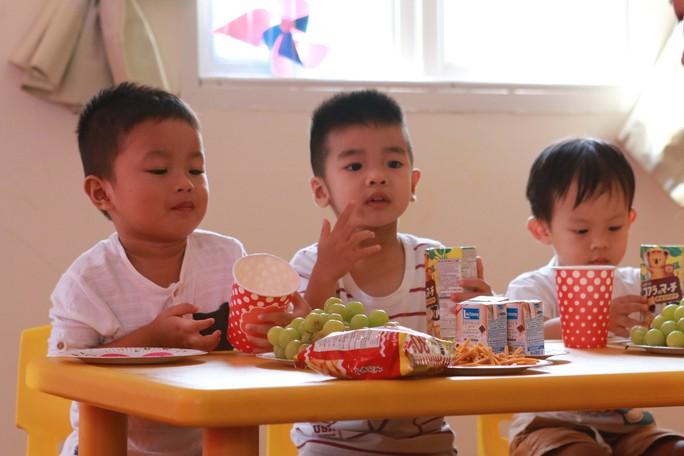 TP HCM: Trường mầm non sẽ giữ trẻ trong hè từ ngày 16-7 - Ảnh 1.