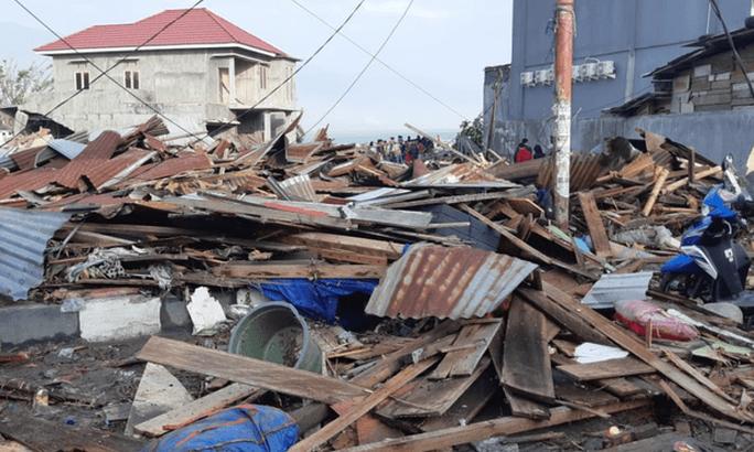 Động đất, sóng thần ở Indonesia: Số người chết tăng vọt lên gần 400 - Ảnh 4.
