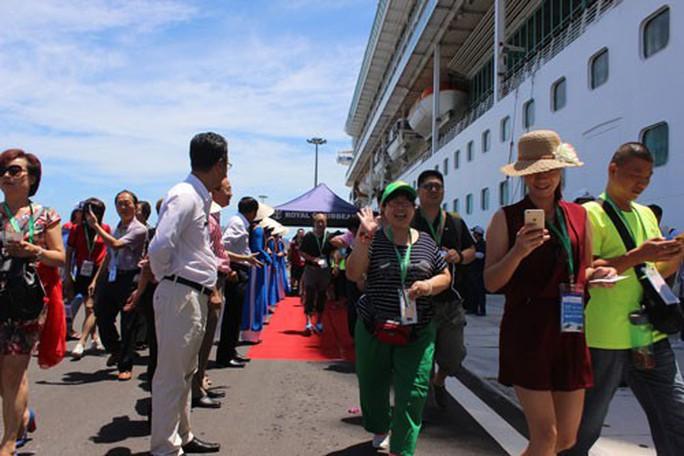 Du lịch tàu biển Nha Trang chưa xứng tầm - Ảnh 1.
