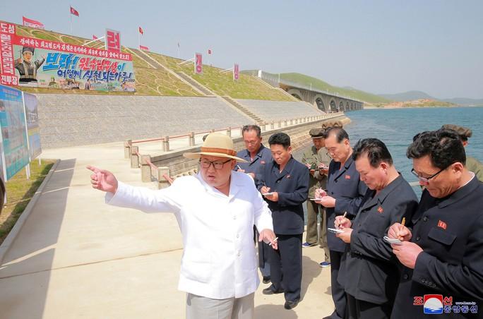 Mỹ - Triều Tiên: Bánh ít đi, bánh quy lại - Ảnh 1.