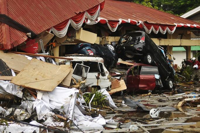 Động đất - sóng thần ở Indonesia: Số người chết có thể lên tới hàng ngàn - Ảnh 2.