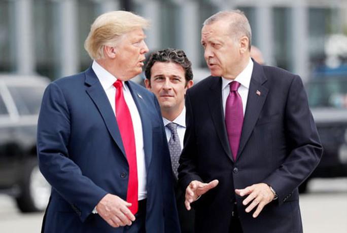 Mỹ - Thổ Nhĩ Kỳ: Cứng rắn một cách vụng về - Ảnh 1.