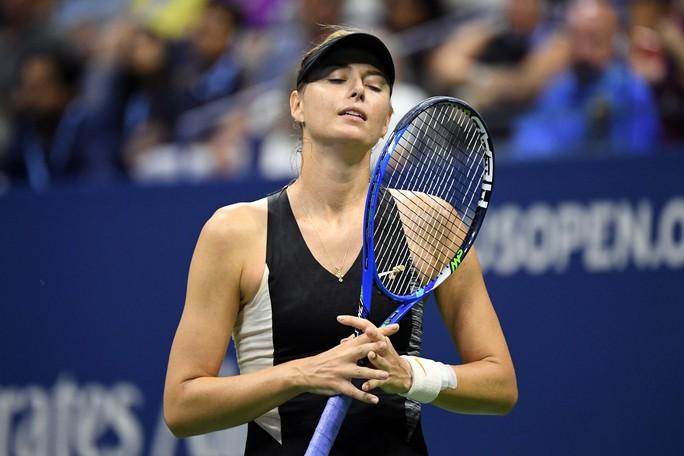 Clip Federer và Sharapova thua sốc ở vòng 4 US Open 2018 - Ảnh 5.