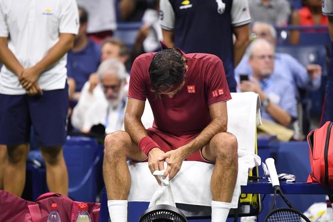 Clip Federer và Sharapova thua sốc ở vòng 4 US Open 2018 - Ảnh 12.