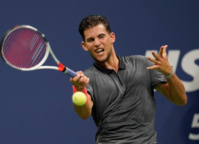 Clip: Thua ngược Nadal, Dominic Thiem thốt lên Tennis thật tàn nhẫn - Ảnh 7.