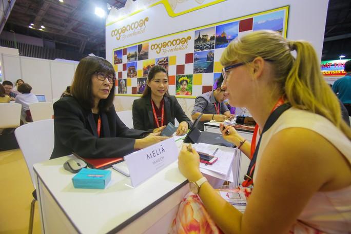 Rồng rắn xếp hàng mua vé 0 đồng tại Hội chợ Du lịch Quốc tế TP HCM - Ảnh 13.