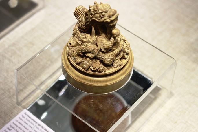 Chiêm ngưỡng những bảo vật rồng - phượng triều Nguyễn - Ảnh 8.