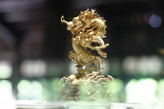 Chiêm ngưỡng những bảo vật rồng - phượng triều Nguyễn - Ảnh 7.