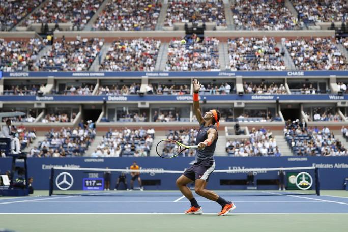 Nadal bỏ cuộc vì chấn thương, Del Potro vào chung kết với Djokovic - Ảnh 1.