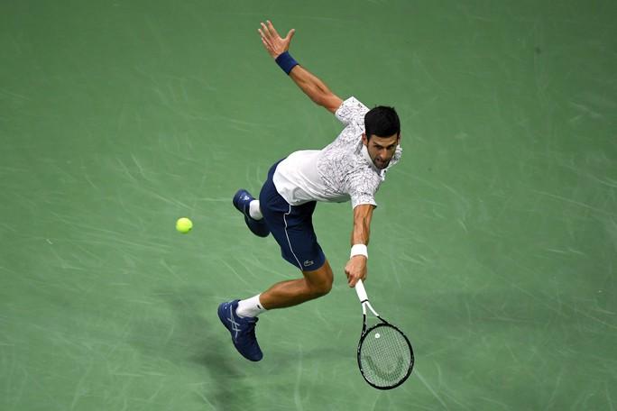 Nadal bỏ cuộc vì chấn thương, Del Potro vào chung kết với Djokovic - Ảnh 8.