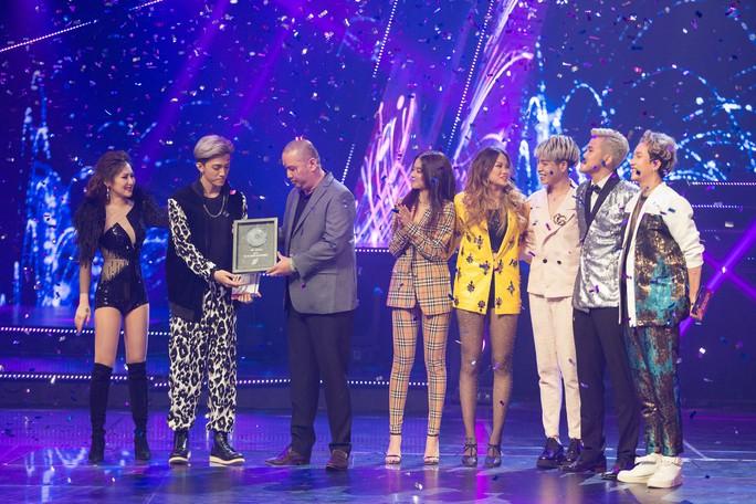 Tùng Dương đoạt quán quân The Debut 2018 gây tranh cãi - Ảnh 1.