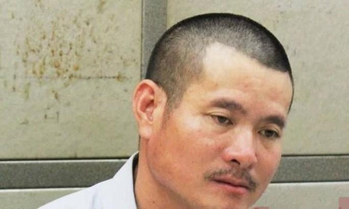 Bác sĩ sát hại vợ, ném thi thể xuống sông phi tang - Ảnh 1.
