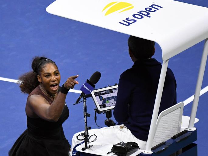 Dân mạng chê trách Serena Williams sau khi cô chửi trọng tài rồi khóc - Ảnh 1.