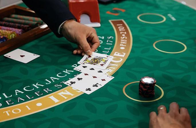 Cái kết đắng của người chồng cờ bạc, có vợ bỏ theo...gái - Ảnh 1.