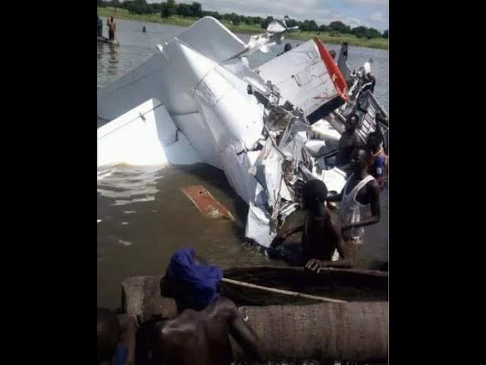 Nam Sudan: Rơi máy bay, ít nhất 17 người thiệt mạng - Ảnh 1.