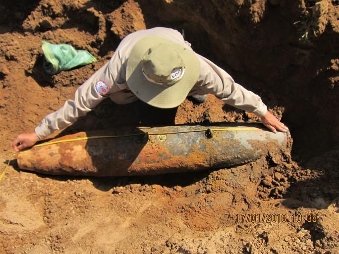 Chủ phế liệu mua nhầm hơn 260 đầu đạn pháo, bom chưa phát nổ - Ảnh 2.