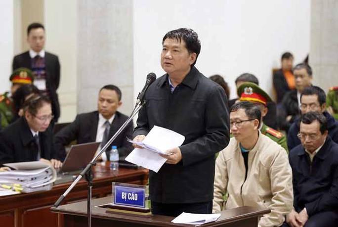 Ông Đinh La Thăng: Bị cáo không nói Bộ Chính trị chỉ định thầu - Ảnh 2.