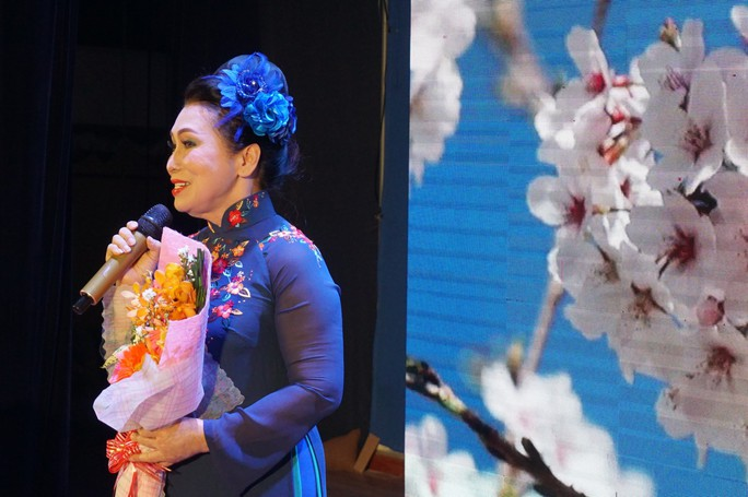NSND Bạch Tuyết xúc động trao học bổng Nhạc sĩ Bắc Sơn - Ảnh 5.