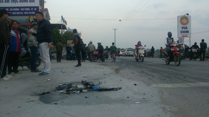 Xe bán tải tông chết 2 nữ sinh, điên loạn bỏ chạy gây tai nạn liên hoàn - Ảnh 4.