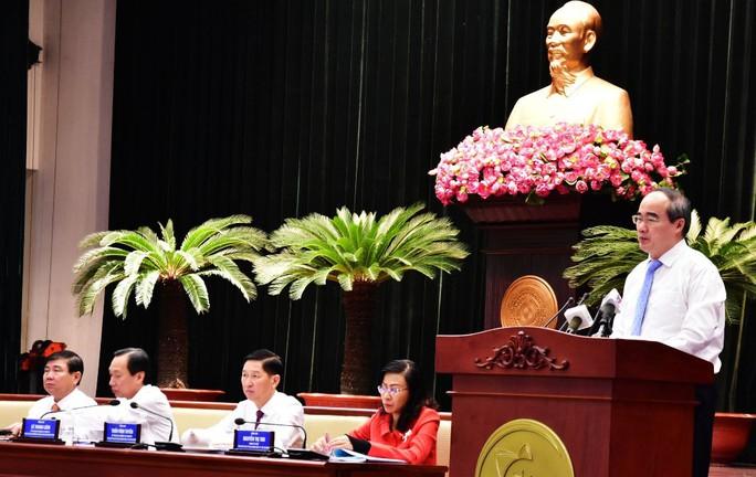 Thu ngân sách của TP HCM bằng 45 tỉnh cả nước - Ảnh 1.