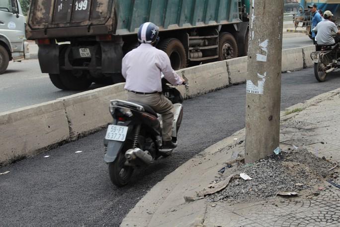 Cảnh loạn xà ngầu ở BOT cầu Đồng Nai - Ảnh 7.