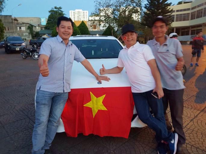 Muôn vạn cảm xúc trước chiến thắng của U23 Việt Nam - Ảnh 30.