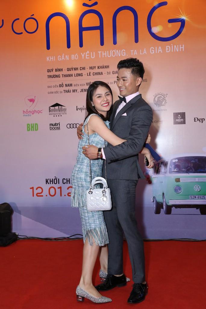 Sao Việt tụ hội chúc mừng cha con Quý Bình - Ảnh 3.